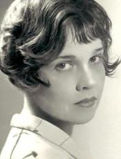 Anita Loos could sure strike a pose